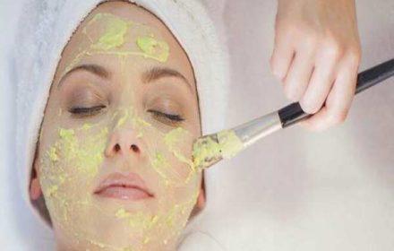 ماسک خانگی و گیاهی برای پوست چرب